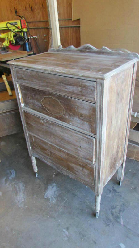 Image of a dresser before the refinishing by Austin Joinery