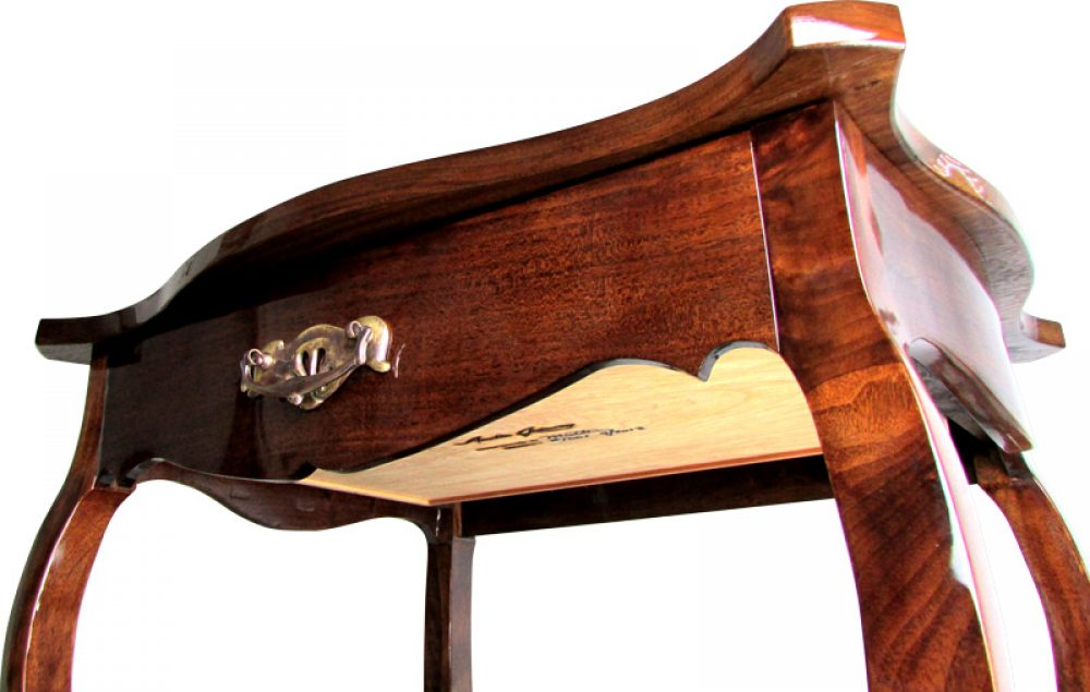 This is an image of Austin Joinery's Brazos End Table custom furniture piece.